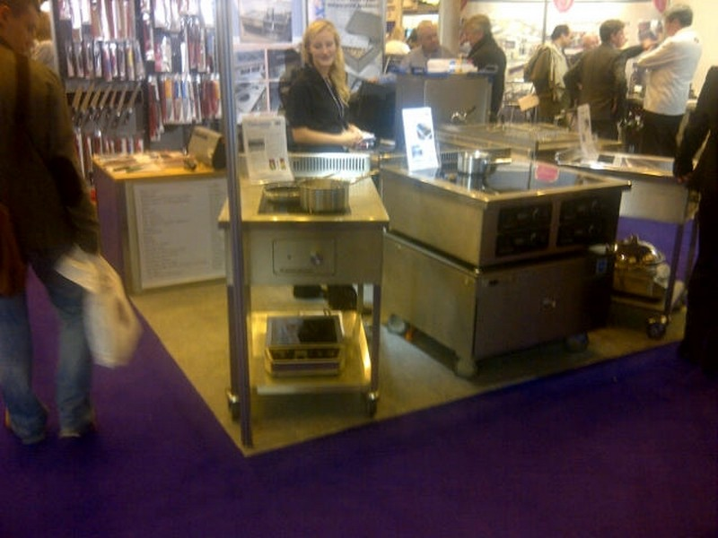 control_induction_stand_at_the_restaurant_show_london_2011_800x600.jpg