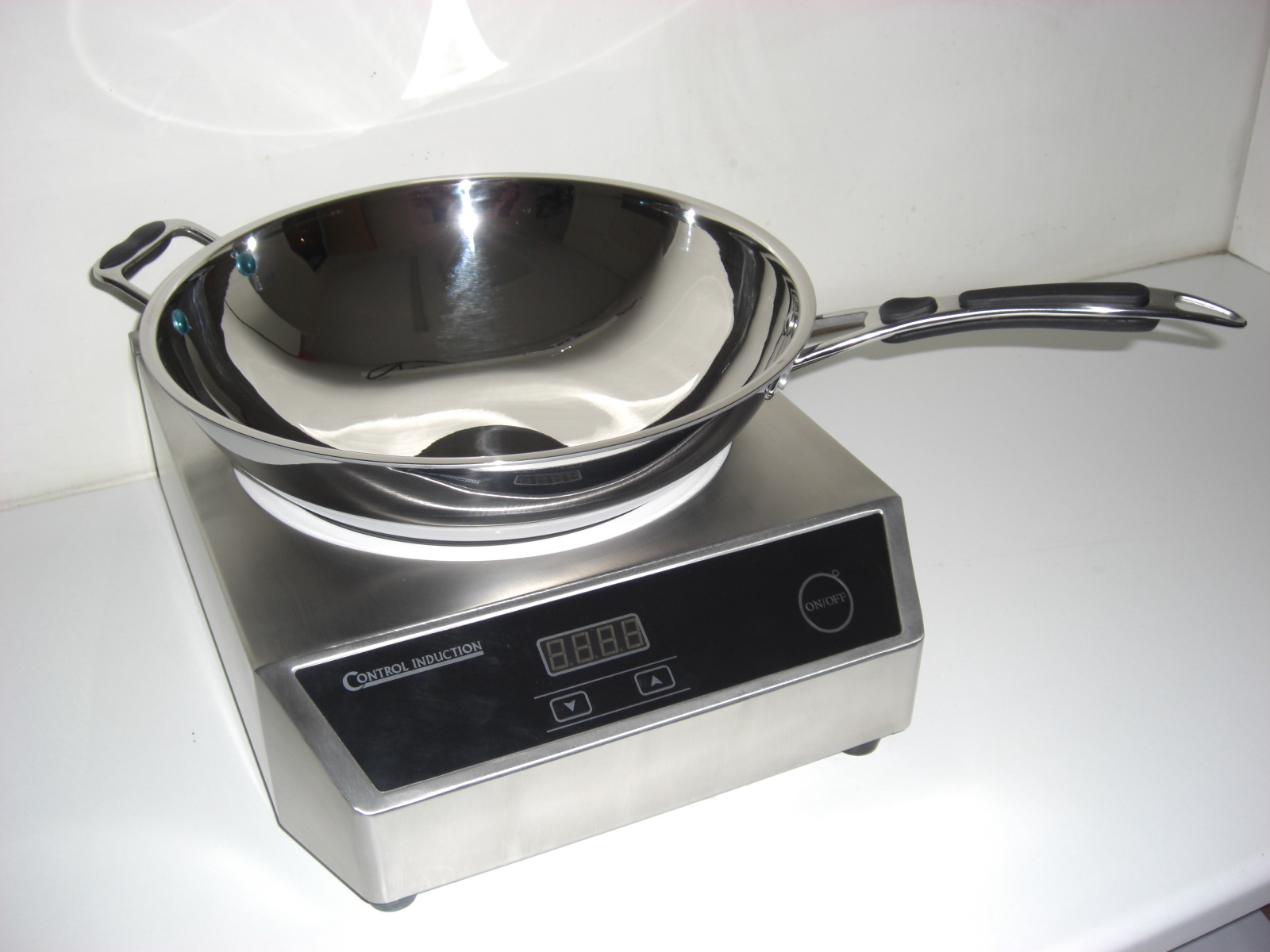 induction cooker wok ci131g