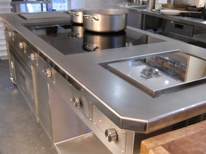 cooking suite with slider induction solid tops planchas and adande refrigeration.jpg800x600